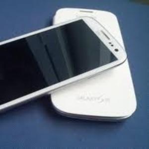 Brand new samsung galaxy S3 GT-I9300 Apple Ipad3 4G Apple iPhone 4S